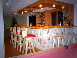 northwoods theme bar