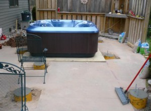 hout tub built in