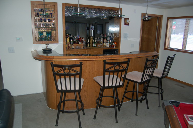 curved bar frontal view
