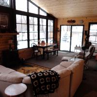 three season room photo