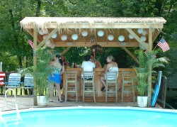 Building a Summer Bar | Easy Home Bar Plans