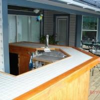 Building a Summer Bar