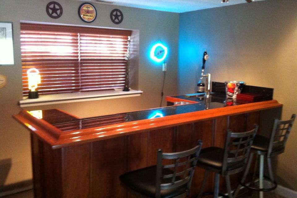 Ehbp 03 Straight Wet Bar With Keg Box Easy Home Bar Plans
