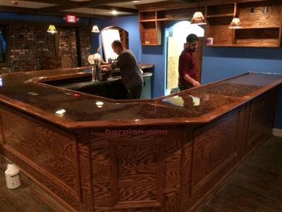 Two 45 degree bar plans laid out in mirror fashion