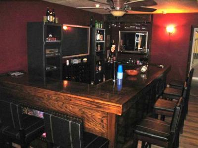 EHBP-02 Basic L-Shaped Home Bar 12