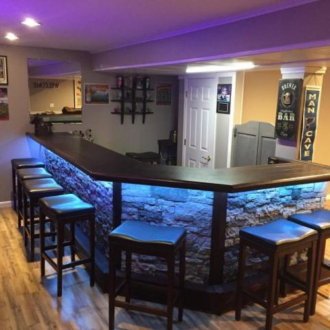 led stone face home bar