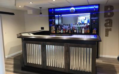 Josh & Jennie O's Pallet Bar